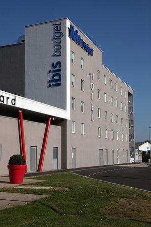 Ibis Budget Nantes Rezé Aeroport : Façade hotel