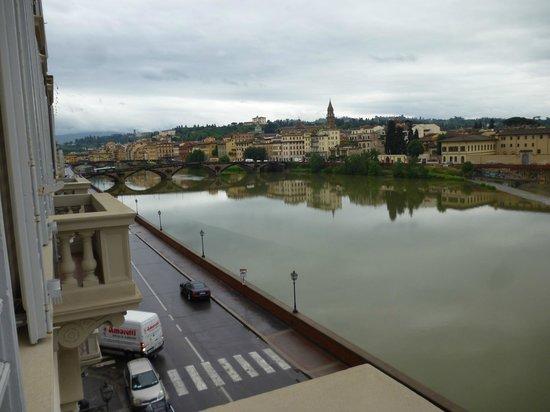 The St. Regis Florence: balkondan