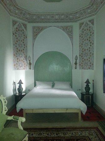 Riad Les Trois Palmiers El Bacha : Camera da letto
