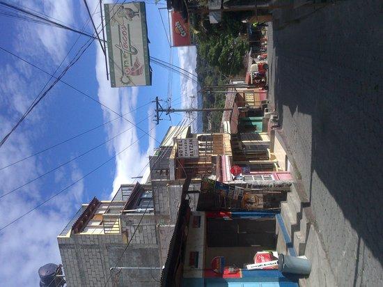 Hotel y Posada Ratzan: vista desde la calle