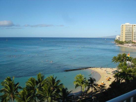 Alohilani Resort Waikiki Beach : 部屋からの眺望その1