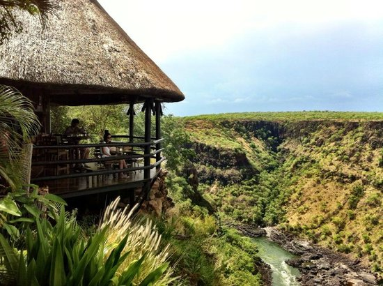 Gorges and Little Gorges Lodge: Bar on the Gorge