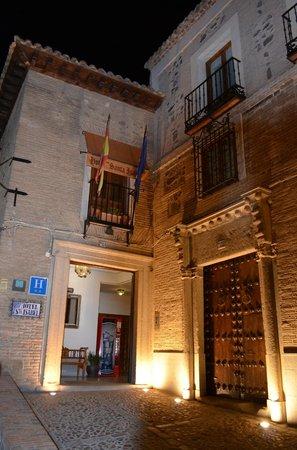 Hotel Santa Isabel : entrada do hotel