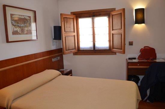 Hotel Santa Isabel : nosso quarto