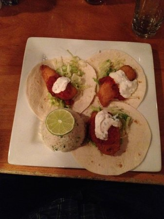 Fardowners Restaurant: Fish Tacos