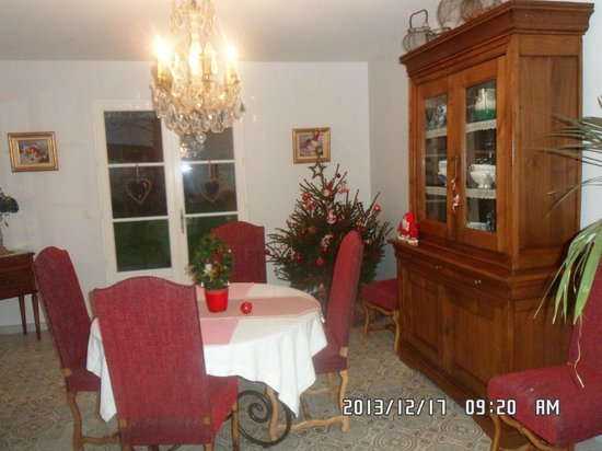 Le Petit Matin: extra dining room