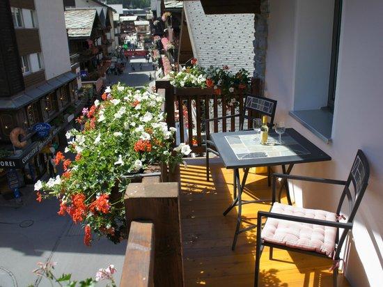 Alpine Lodge : Balkon