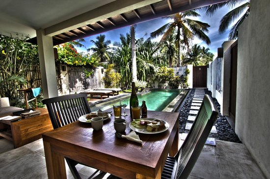 Kelapa Luxury Villas: First month wedding anniversary at Kelapa Villas