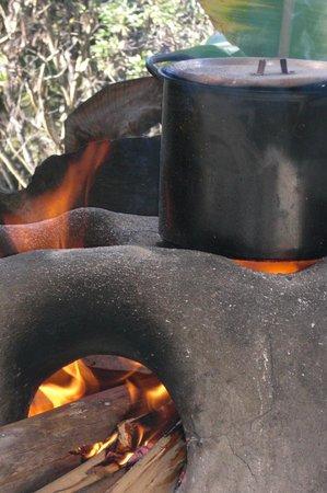 Sorata, Bolívia: fogones de leña para cocinar con sabor a humo