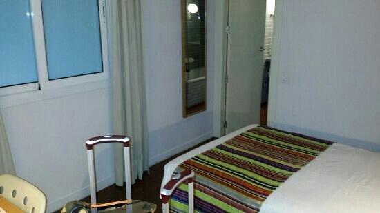 Vincci Soma : Not joking on 3 steps from room entrance to bathroom