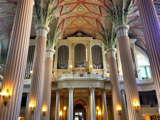 St. Nicholas Church (Nikolaikirche): Inside the Nikolaikirche