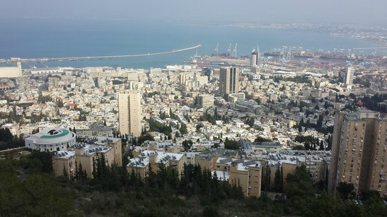 Crowne Plaza Hotel Haifa: View from Crowne Plaza Haifa