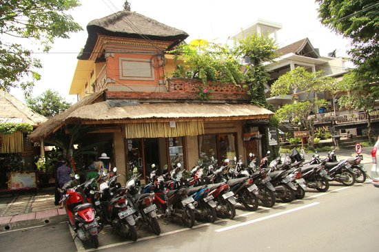 Cafe Wayan & Bakery : Cafe Wayan