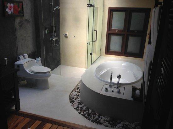 Ao Nang Phu Pi Maan Resort & Spa : Bathroom