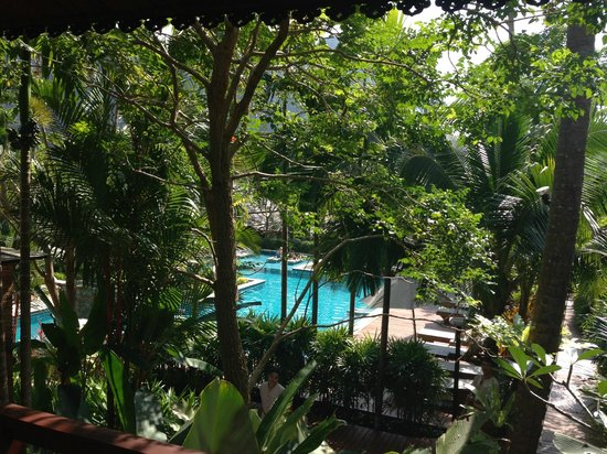 Phu Pi Maan Resort & Spa: Pool view from our patio