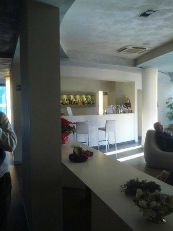 Hotel Aqua: Bar e Sala Relax