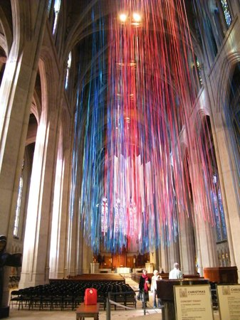 Grace Cathedral: streamers