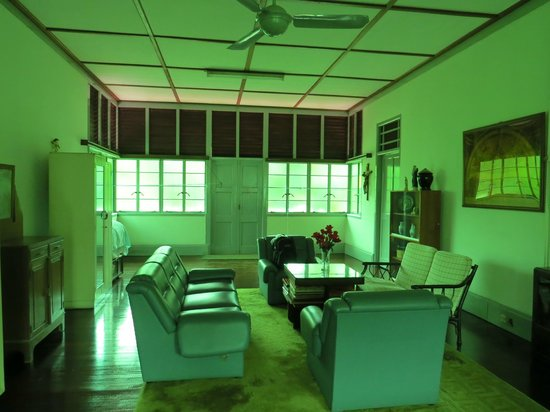 Fairview Guesthouse: Upstairs hall