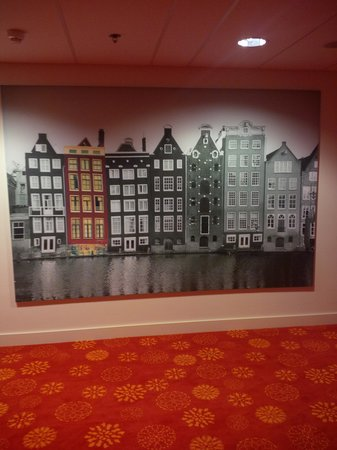Hilton Garden Inn Leiden : Corridor