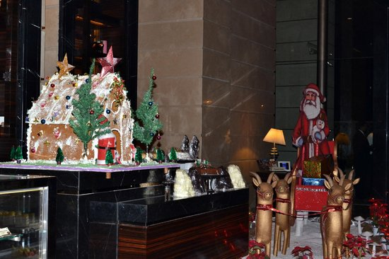 Crowne Plaza New Delhi Rohini: Christmas decoration