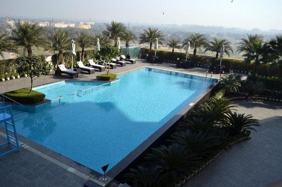 Crowne Plaza New Delhi Rohini : Pool