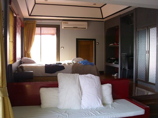 Baan Chalelarn Hua Hin: Suite
