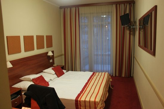 City Inn: camera da letto
