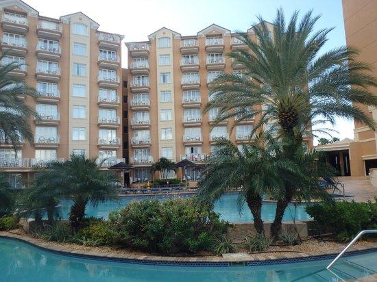 Divi Aruba Phoenix Beach Resort: Beach Towers