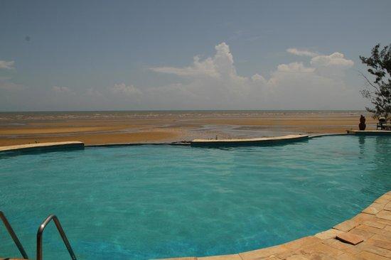 Saadani Safari Lodge: View from the pool