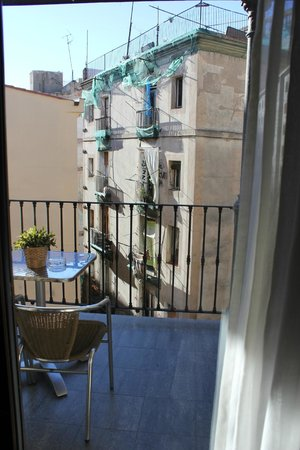 Hotel Arc La Rambla : Вид, 4-ый этаж