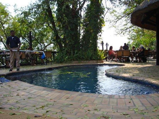 Victoria Falls Waterfront: Pool at the restaurant