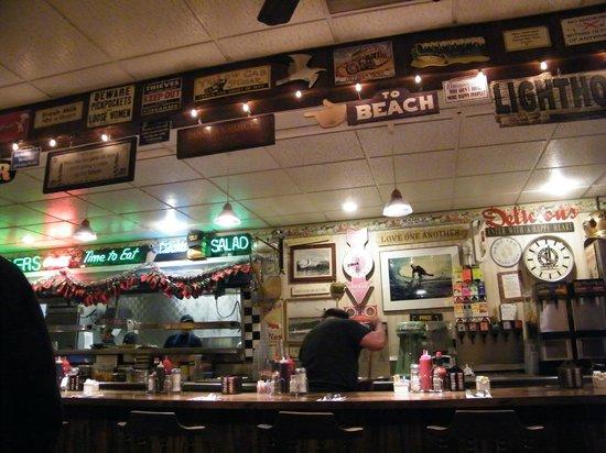 Santa Cruz Diner: interior