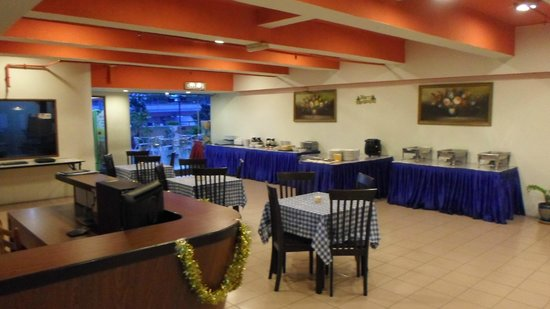 JB Central Hotel: Breakfast area