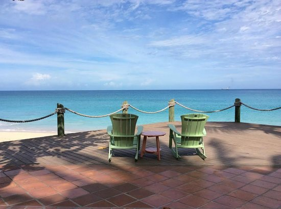 Galley Bay Resort: Chairs in front of SeaGrape