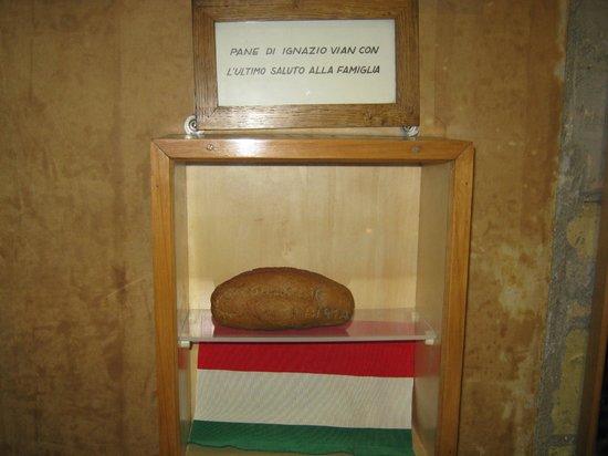Museo Storico della Liberazione: Un pan con un saludo