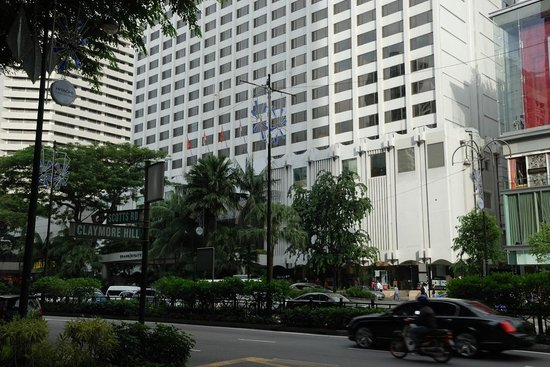 Grand Hyatt Singapore: View from across the street