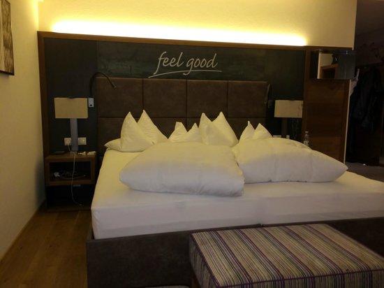 Hotel Fliana: Bedroom