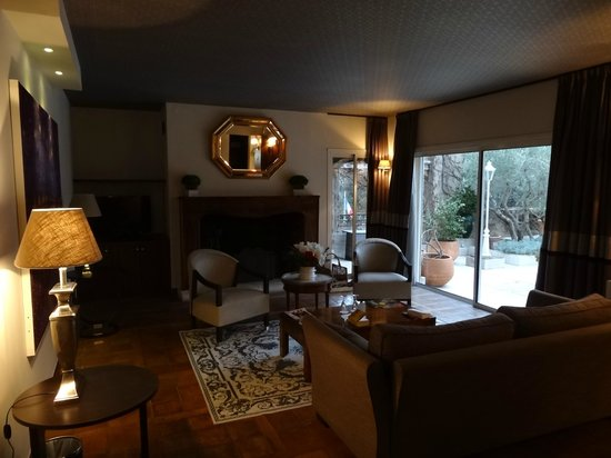Hotel Le Vallon de Valrugues & Spa : la partie salon