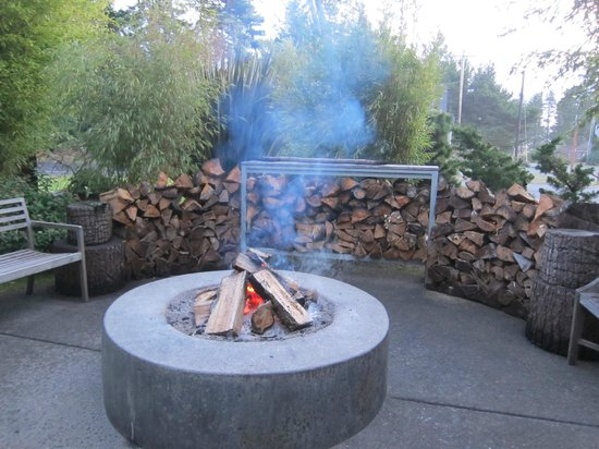 Coast Cabins: The Firepit to Warm our Bones