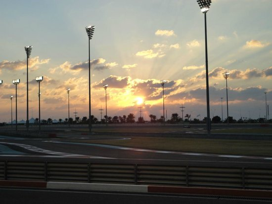 Yas Marina Circuit: Circuito al tramonto