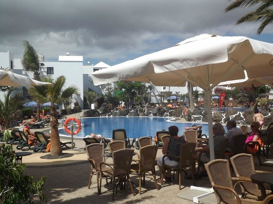 Albatros Club: pool view