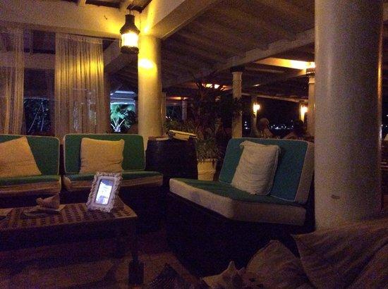 Cambusa Italian Restaurant : Lovely bar area