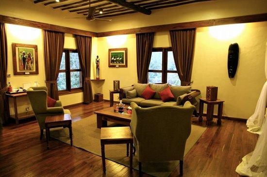 Neptune Ngorongoro Luxury Lodge : our lounge