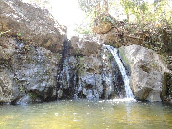Rural Agrotourism - UCA San Ramon: Cascada