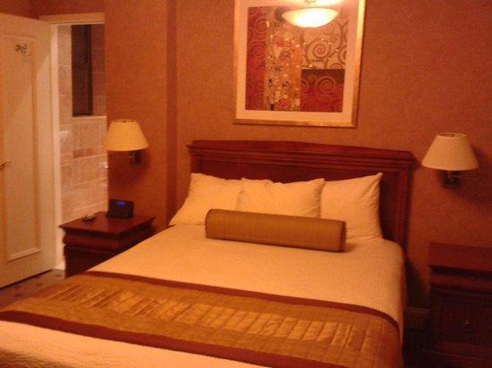 Wellington Hotel: 2° stanza_letto camera ala nuova
