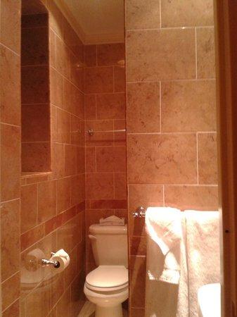Wellington Hotel: 2° stanza_bagno camera ala nuova