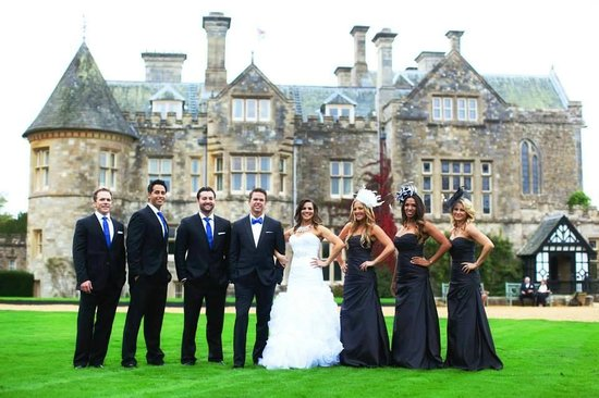 Leith's at Beaulieu: Our Wedding party in front of the Montagu Castle