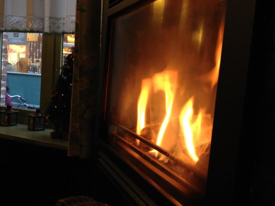 Tea-room De Proeverie : A cozy fire
