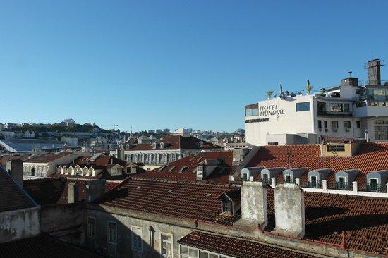 Grande Pensao Residencial Alcobia: Вид с балконе