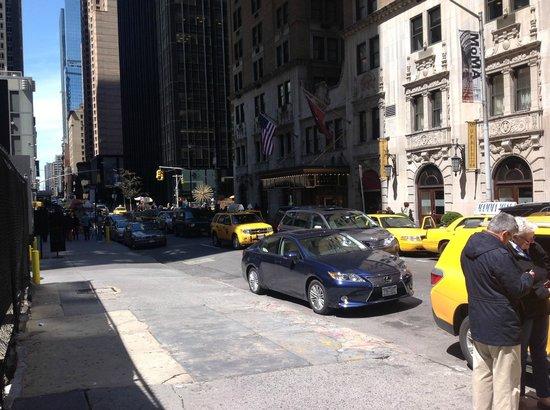 Warwick Hotel New York Parking